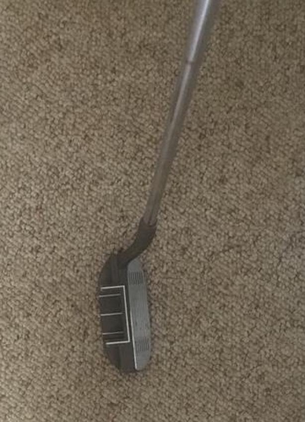 "Ray Cook Right Hand Chipper Iron, 33"" steel shaft"