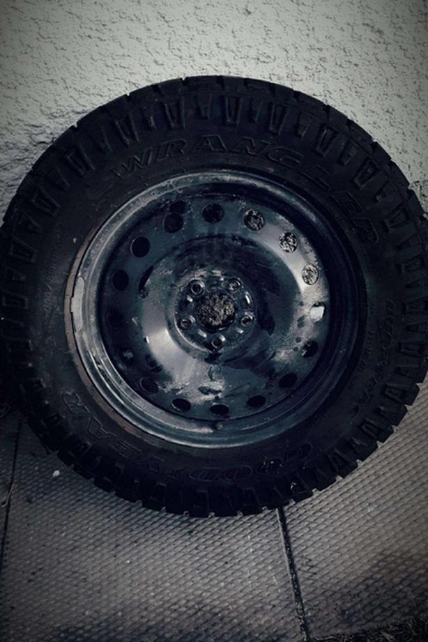 Used Tires Winnipeg >> Duratrac Wrangler 18 34 Winter Tires East Kildonan Winnipeg