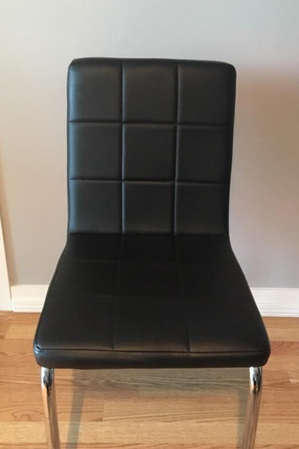 2 Faux Leather Dinning Chairs