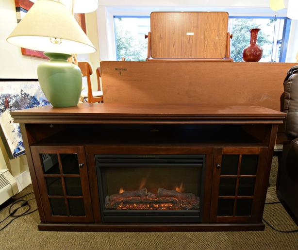 hot sale online e2e21 fd34b GREAT MODERN ELECTRIC FIREPLACE T.V. STAND WITH HEAT AT ...