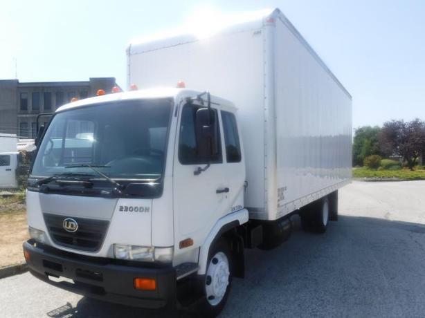 2007 Nissan UD2300 Diesel 26 Foot Cube Van with Air Brakes