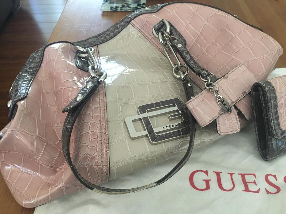 Guess Purse and Matching Wallet (Pink) Saanich 82b8f56746b2c