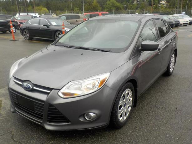 2012 Ford Focus SE Sedan Manual