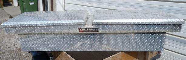 CHALLENGER ALUMINUM TRUCK TOOL / CARGO STORAGE BOX