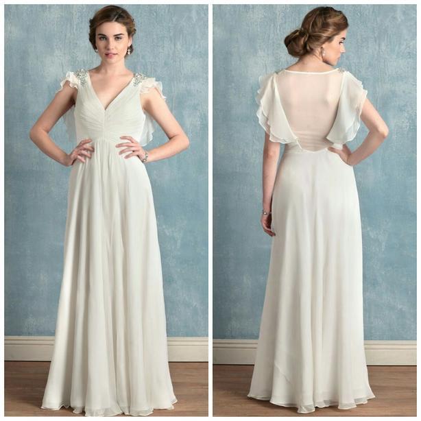 Beautiful Ivory Light Weight Wedding Dress