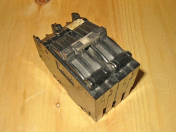 GE 'Type TR' 40 Amp, 2 Pole & 2 - 15 Amp, 1 Pole Quad Circuit Breaker ~ Rare!