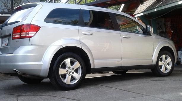 2009 Dodge Journey 7 Passenger **REDUCED **