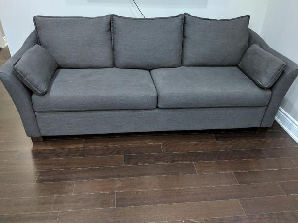 3.5 month old exceptional condition couch ans loveseat