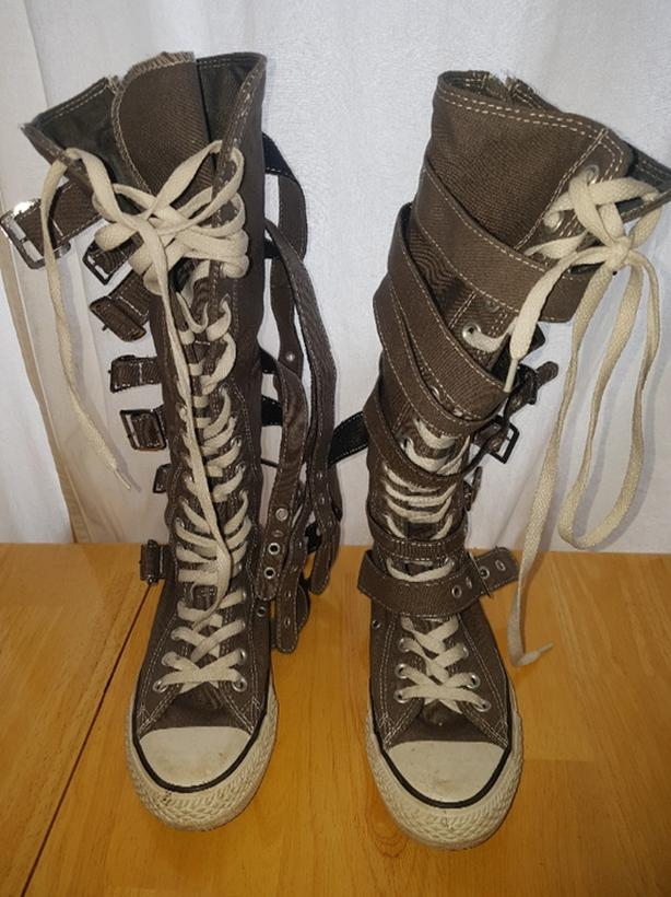 15dc0eadebca converse boots Victoria City