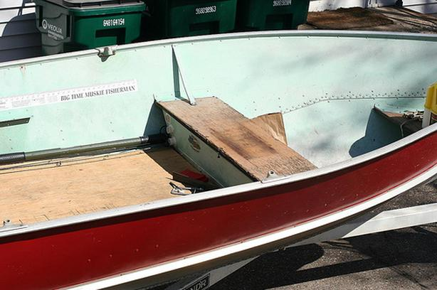  Log In needed $650 · 12' THORNE ALUMINUM BOAT WITH 6HP JOHNSON OUTBOARD  AND TWO 5 GALLON TANKS