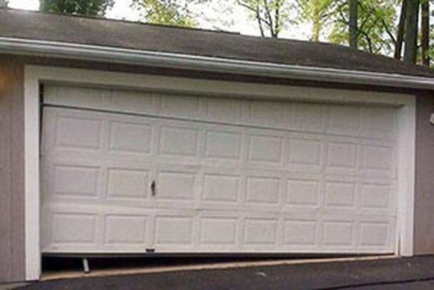 Garage Door Repair Service In Brampton