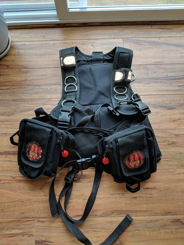 dive gear, OMS IQ harness system and OMS Trieste wing