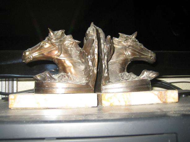 WESTERN DECOR -book ends