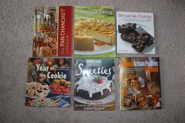 Moving Sale - Cup Cakes and assorted Cook books
