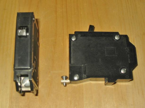 COMMANDER QBH 10 Amp, 1 Pole, 120 Volt Circuit Breaker ~ Very Rare!