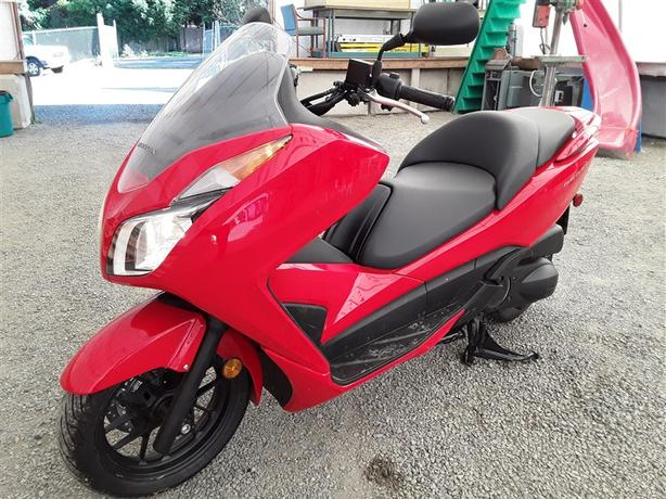 2016 Honda Forza RSS300 279CC  almost brand new unit! selling saturday!