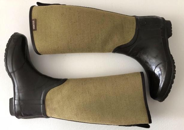 Hunter Boots - UnIqUe!