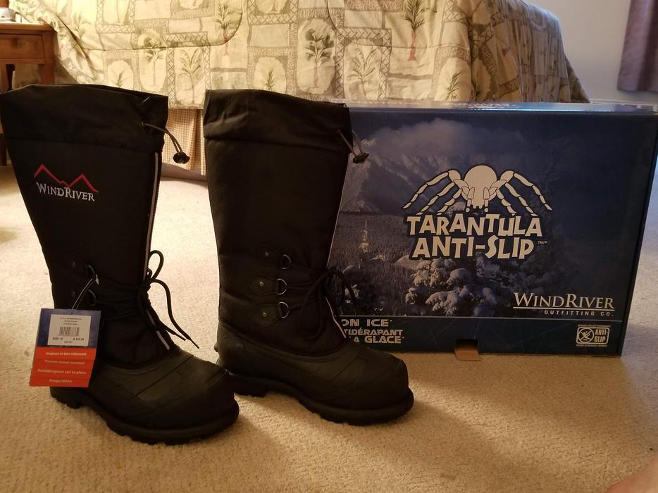 WindRiver Tarantula Anti-Slip Boots