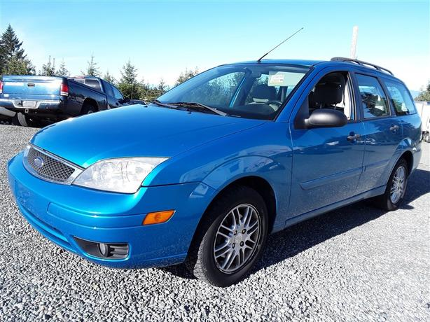 2007 Ford Focus SES only has 114043km, great 5 seating family unit!