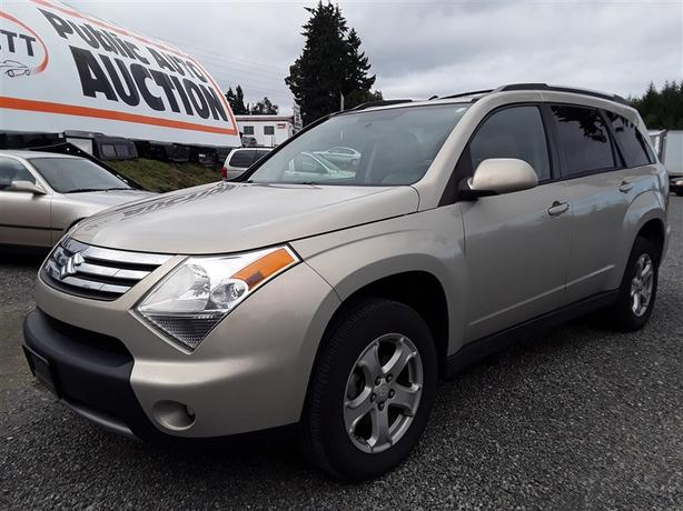 2009 Suzuki XL7 LX, AWD, 7 seating family unit! loaded up and ready for winter!