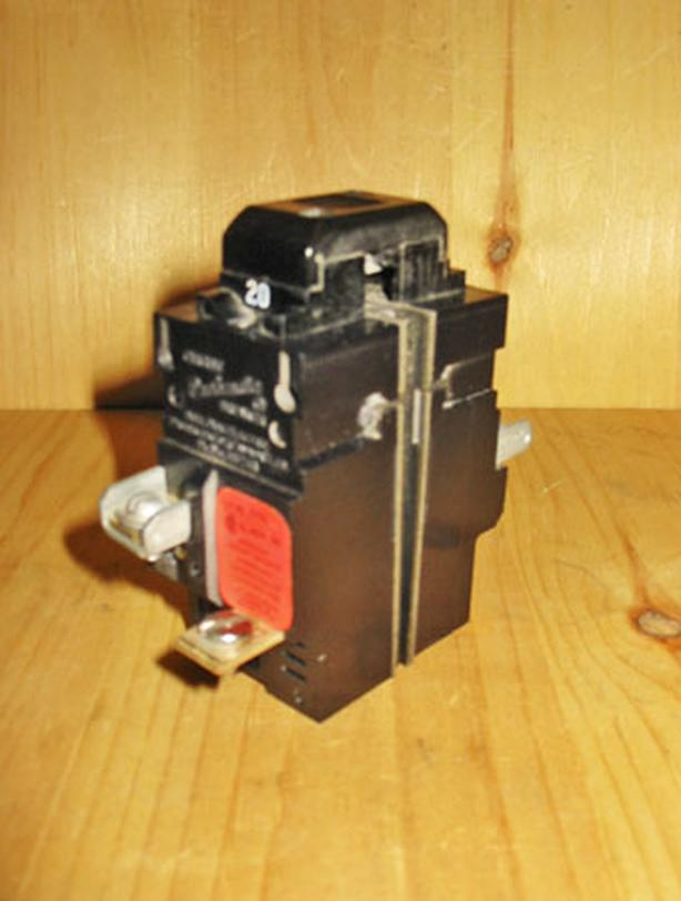ITE Bulldog Pushmatic 20 Amp, 2 Pole, 240 Volt Circuit Breaker ~ Rare!