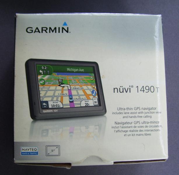 Garmin Nuvi with Traffic, Bluetooth, Pedestrian, Bike Modes