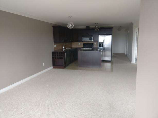 2 Bedroom 2 Bathroom and Den Condominium in North Nanaimo