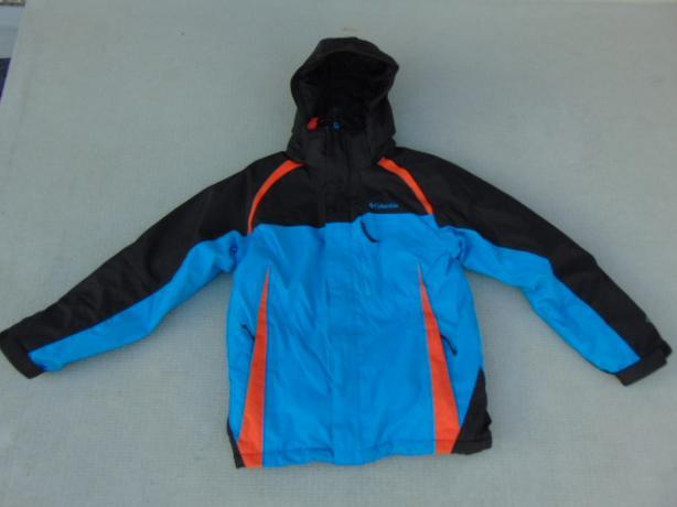Winter Coat Child Size 14-16 Columbia Omni Tech Snowboarding With Snow Belt