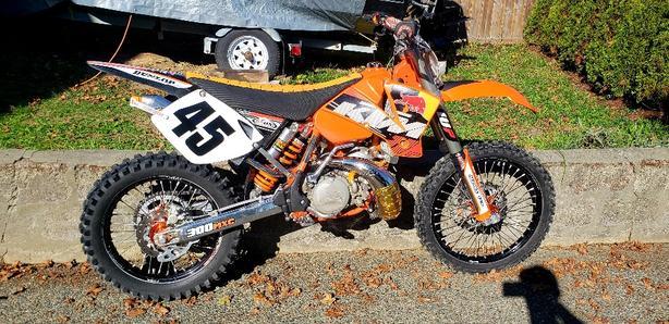 2003 MXC 300 2 STROKE !