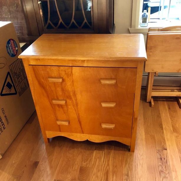 Handmade wood 3-drawer dresser
