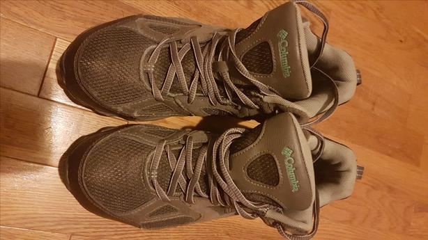 Columbia mid height womens hiker size 7