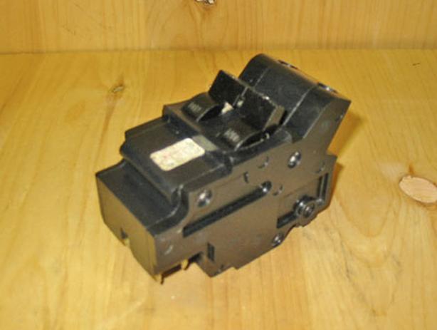 FPE (Stab-lok) 'Type NA' 125 Amp, 2 Pole, 240 Volt Circuit Breaker ~ Rare!