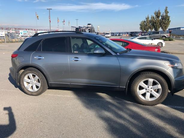 2004 Infinity fx35 (salvage title)