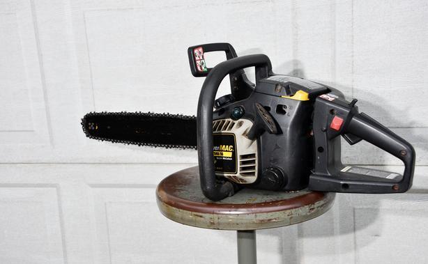 PowerMAC McCulloch MP325AV-16 Chainsaw