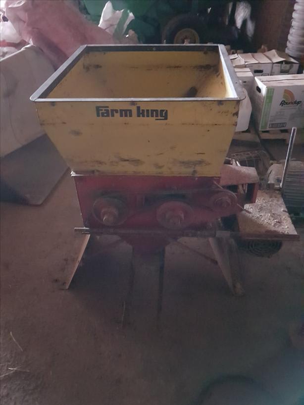Farm king Grain Roller