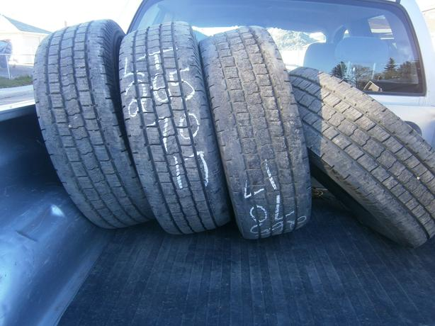 265/70/17 COOPER DISCOVERY HT3 LT 10 PLY SET OF 4 TIRES.