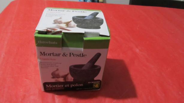 NEW GRANITE MORTAR & PESTLE