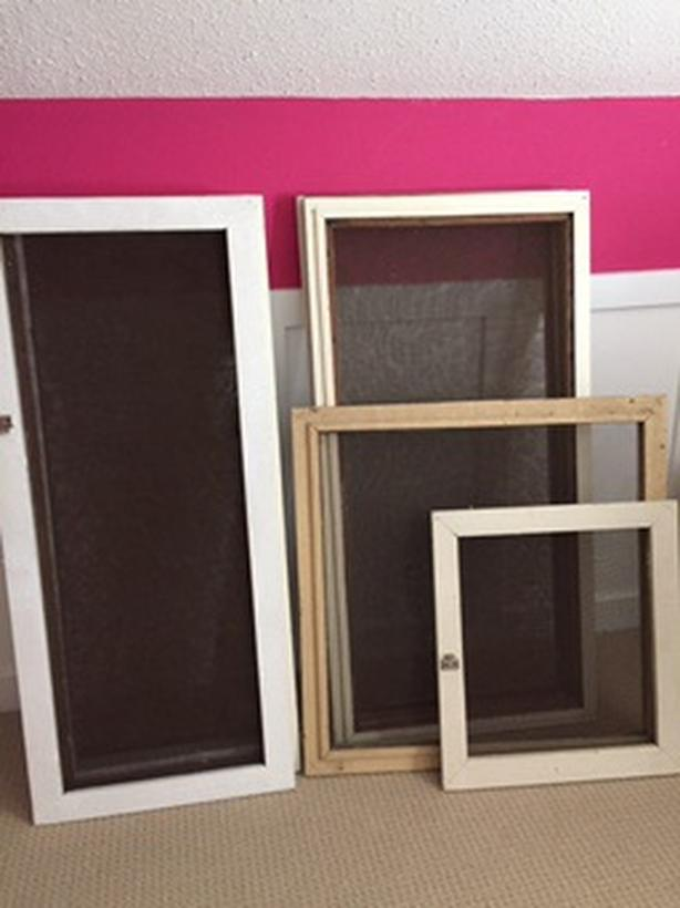 Window screens with wood frames