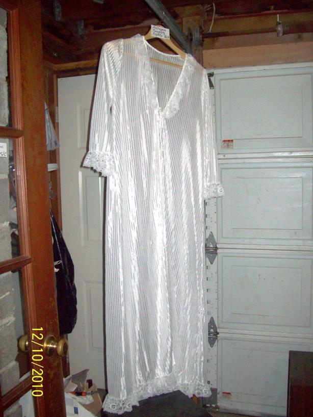 ANTIQUE SILK & LACE NIGHTIE