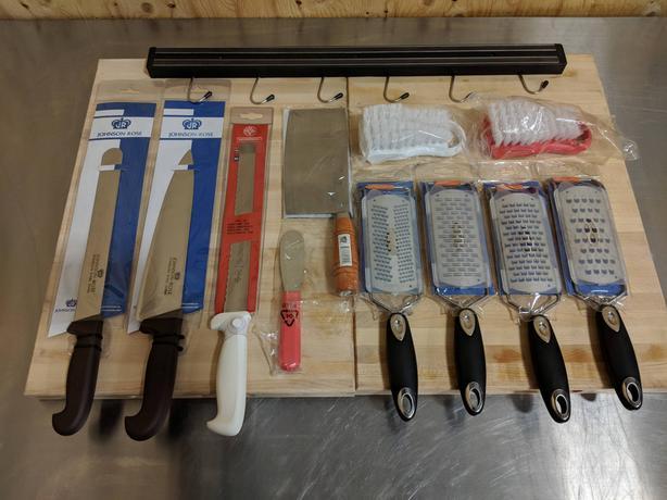 Commercial/Restaurant/Butcher Accessories Auction - Oct 14 , 10-5