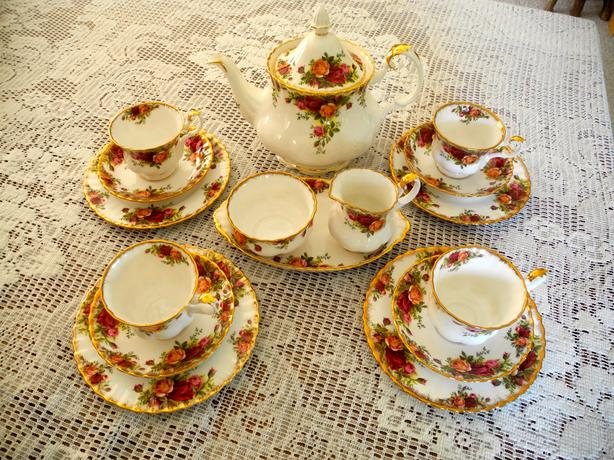 Royal Albert Old Country Rose Tea serving set