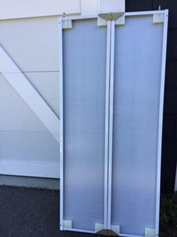 Closet mirror doors - Duncan BC