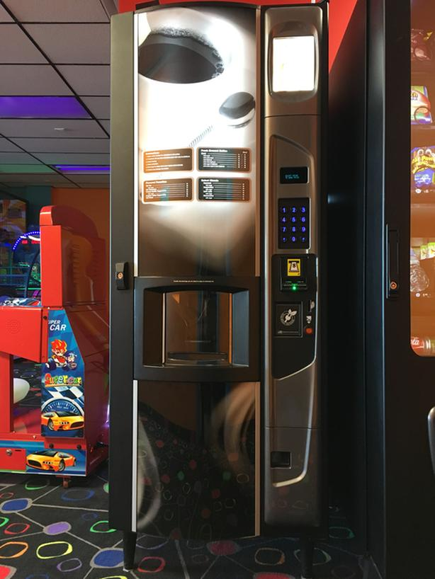Coffee / Hot Beverage Vending Machine
