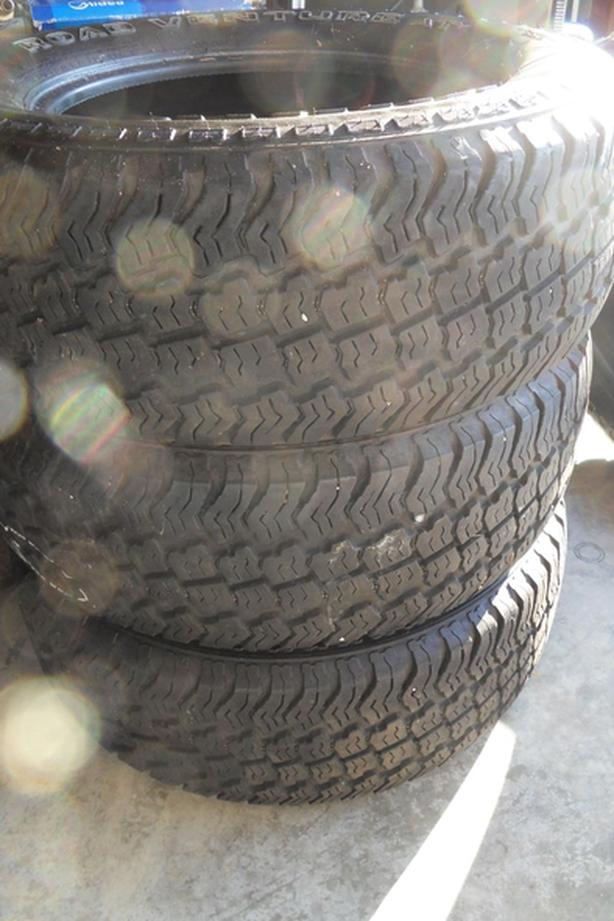 Set of 4 Kumho Road Venture A/T M&S Tires