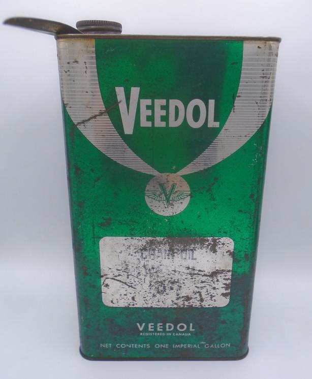 VINTAGE 1960's VEEDOL FLYING V CHAIN OIL IMPERIAL GALLON CAN