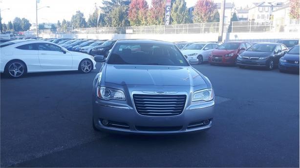2014 Chrysler 300 TOURING  - SiriusXM - $129.57 B/W