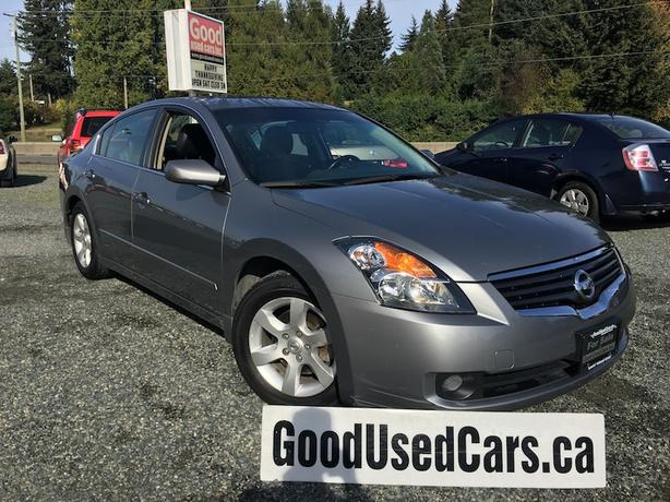 2009 Nissan Altima - Leather, Sunroof & Alloys! 4 Cylinder Auto!