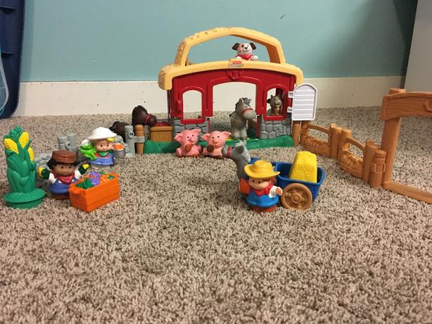 Little People Farm set