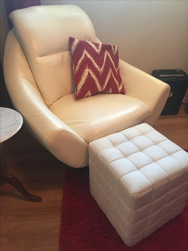 White Swivel Oversized Chair