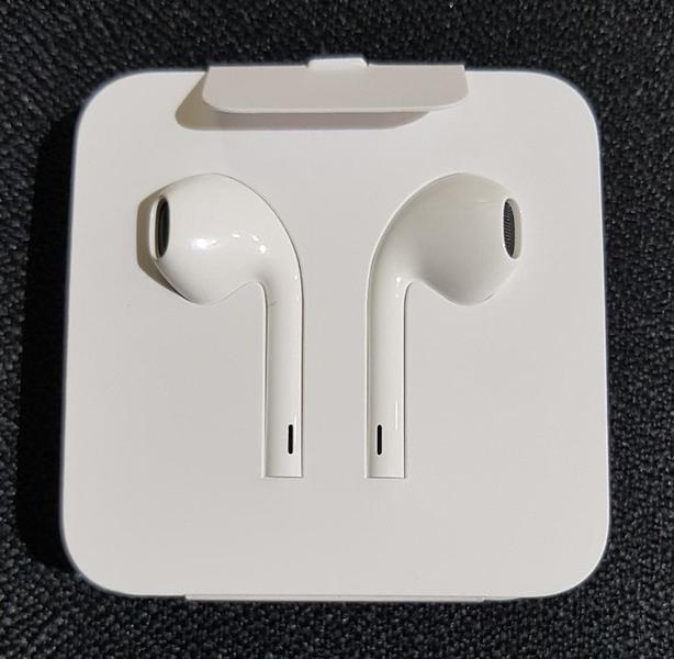 Genuine Apple EarPods with Lightning Connector